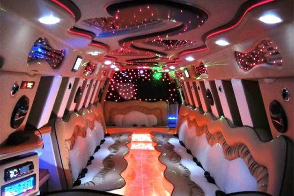 14 Person Escalade Limo Services Columbus